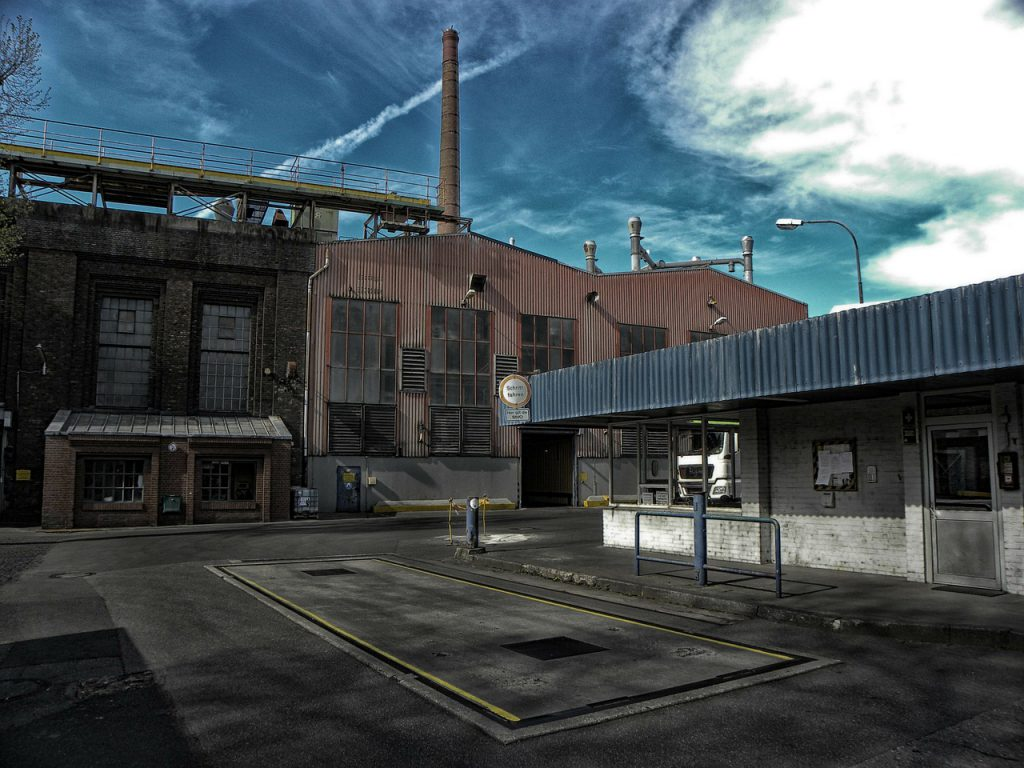 factory-295815_1280